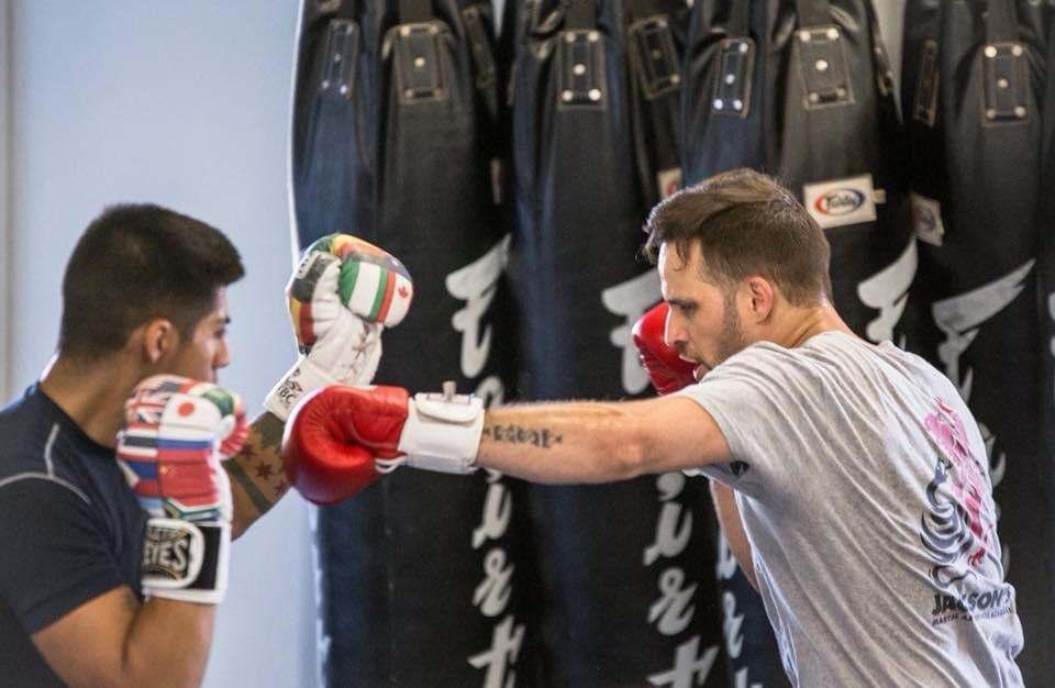 Adult boxing selfdefence